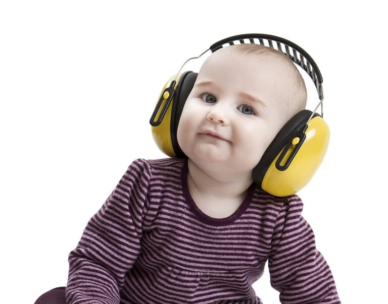 Find out the Best Baby Headphones for Airplane 2021