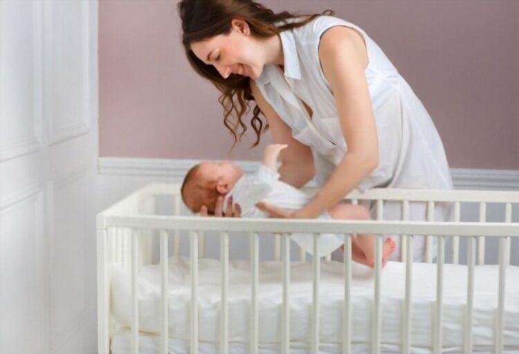 baby sleep in the crib more eaisly